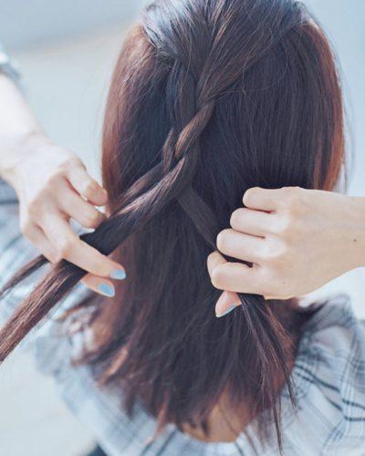 ◆黒髪にも◎ストレート×三つ編みアレンジ