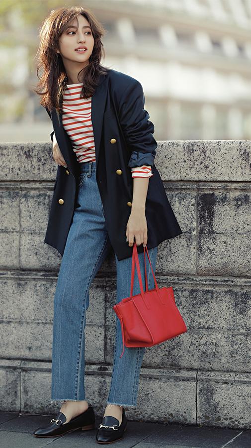 カジュアル服にキレイめエッセンスをプラス!渋谷シンプル茜Style『茜style3春のオフィスはおりはゆるジャケット 社会人らしくジャケット着用の日も、自分なりのカジュアルに落とし込むのが茜マインド。お尻まですっぽり隠れる長め丈がセレクトのポイント。』