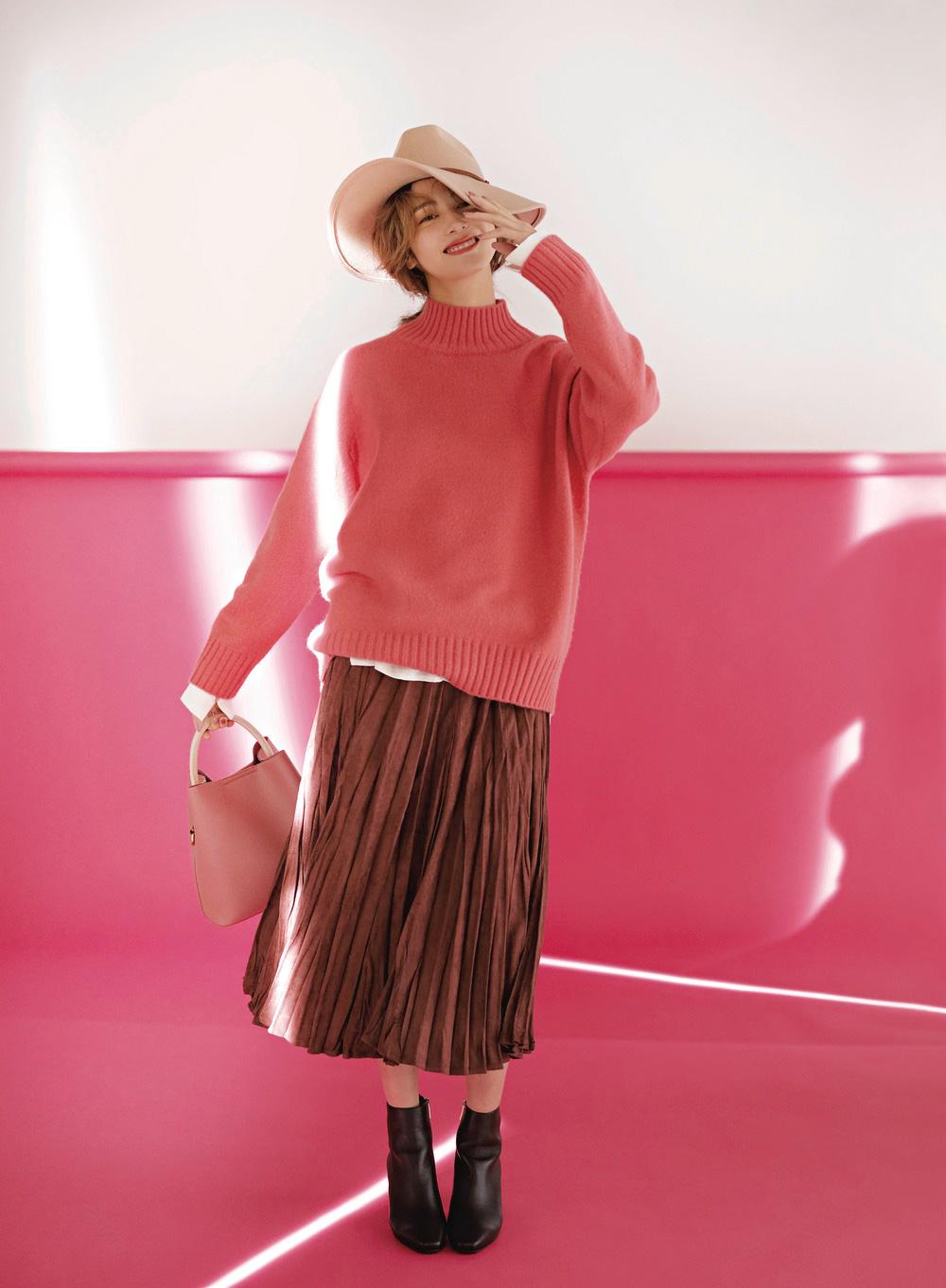 旬配色で、こなれ感漂うスカートコーデのできあがり