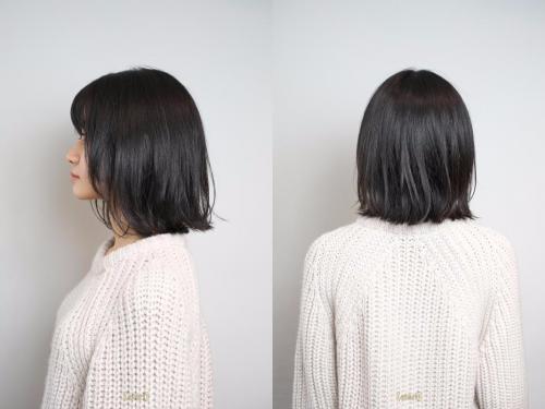 ■黒髪を生かした好印象のミディアムヘア
