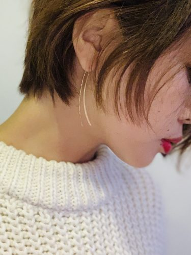 ショートヘアは耳元のアクセも映える!