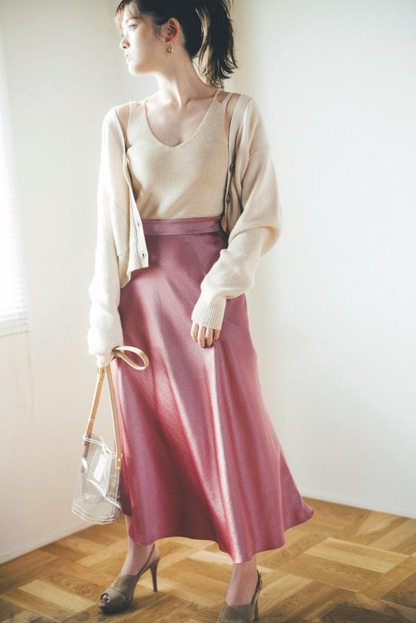 サテンスカートってイイ女っぽくなれるから好き♡