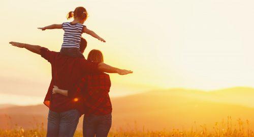 夕焼けと家族