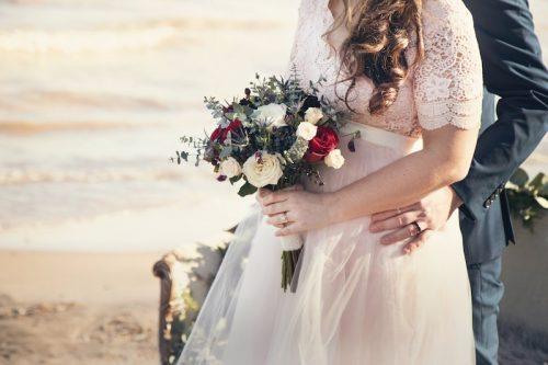 父親が娘の結婚相手に求める条件♡ 2位は正直「収入」。では1位は?