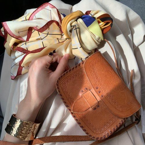 梅雨にもおすすめ!時短でかわいい♡スカーフアレンジで夏ヘアをもっと楽しく♡【かじまりコーデ】
