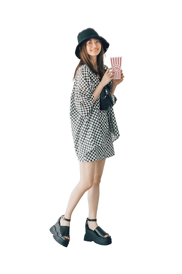 あみ的IF…♥なデート服『モノトーンコーデで遊園地に行きたい♥』