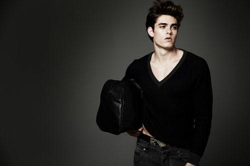 モデルのような男性