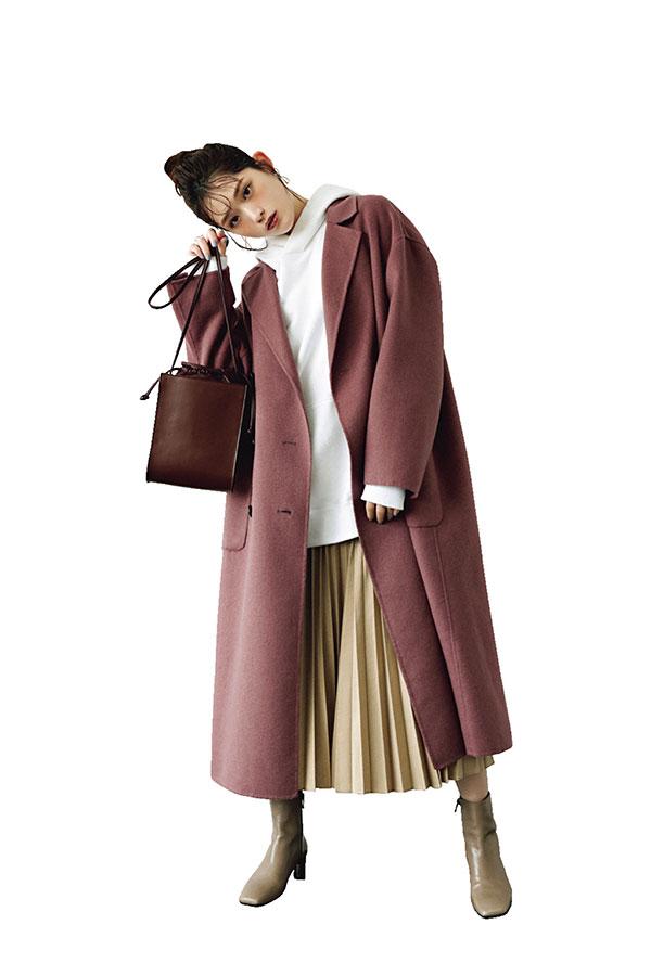 リバーコートはカジュアルアイテムでゆるめに着る!