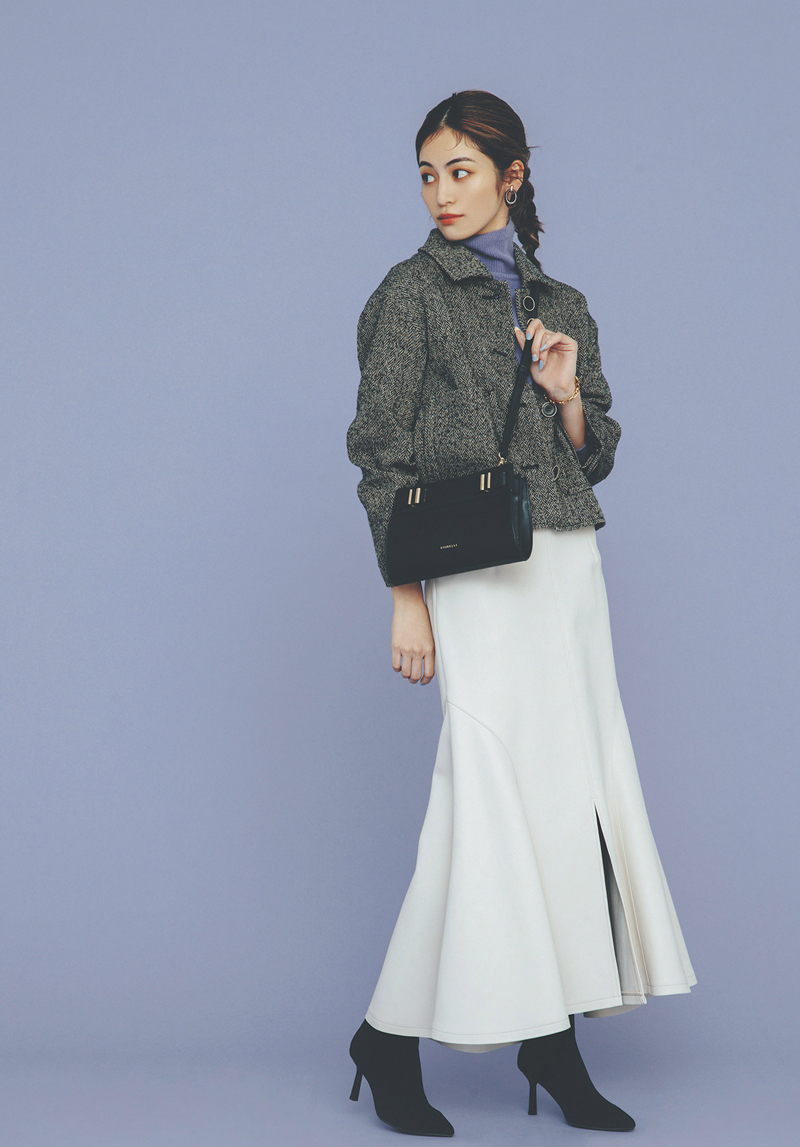 女っぽマーメイドスカートは×ツイードジャケットでノーブルに