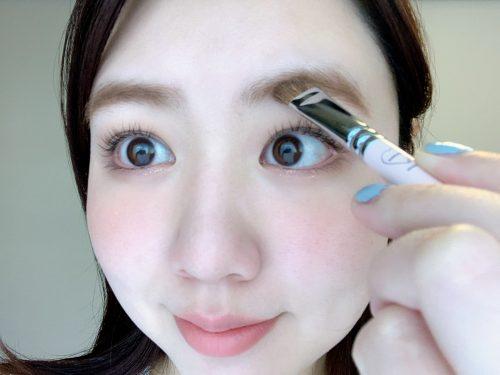 ■簡単&時短!眉毛が綺麗に描けるアイブロウブラシ