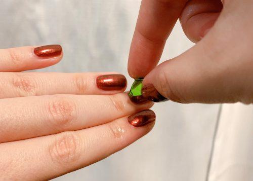 緑のプチプチで荒れた指先が復活!