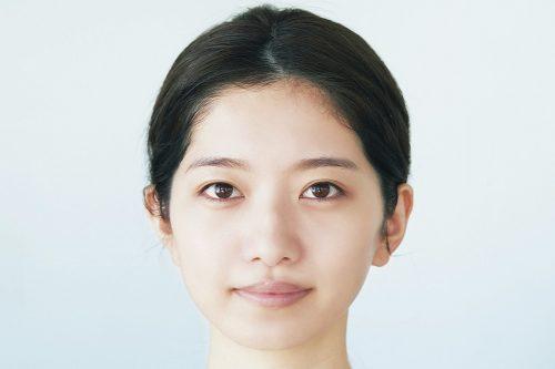 韓国の最新顔!クアンクメイクのベース作り