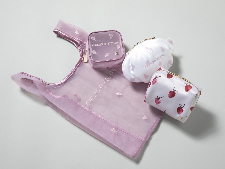 左から/バッグ¥2,640・ポーチ[ピンク]¥2,640・ポーチ[白]¥3,300・ポーチ[ストロベリー]¥3,300(gelato pique)