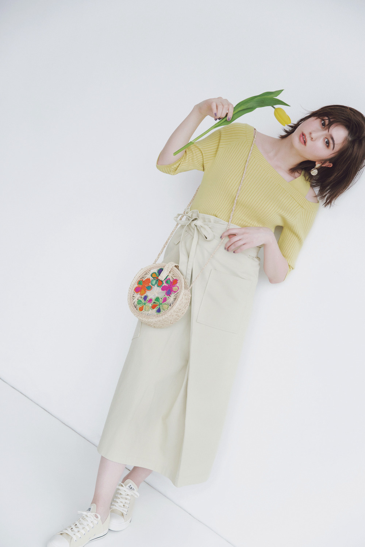 corn yellow × sugar beige