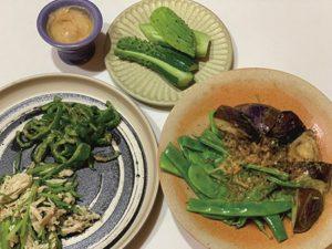 収穫した野菜を使って作った料理